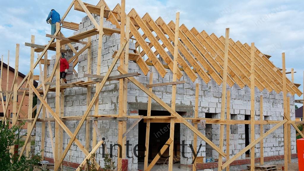 Стропильные системы, монтаж двускатной, мансардной крыши